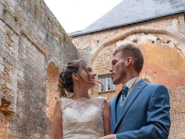 Le mariage de Benjamin et Mélanie à Vouillé, Vienne 8