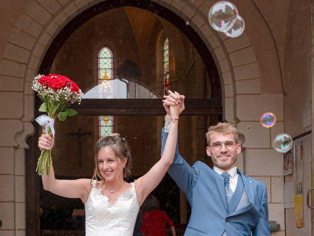 Le mariage de Benjamin et Mélanie à Vouillé, Vienne 15
