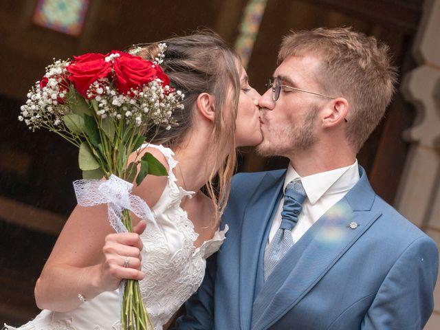 Le mariage de Benjamin et Mélanie à Vouillé, Vienne 16