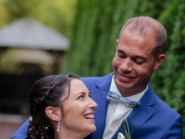 Le mariage de Ludovic et Milène à Le Thuit-Signol, Eure 54