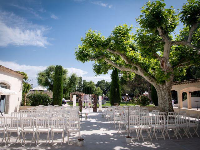 Le mariage de Pierre-Yves et Charline à Les Angles, Gard 18