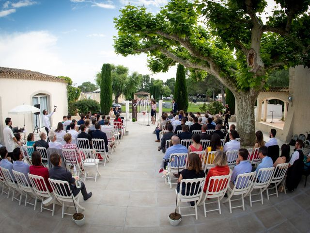 Le mariage de Pierre-Yves et Charline à Les Angles, Gard 26