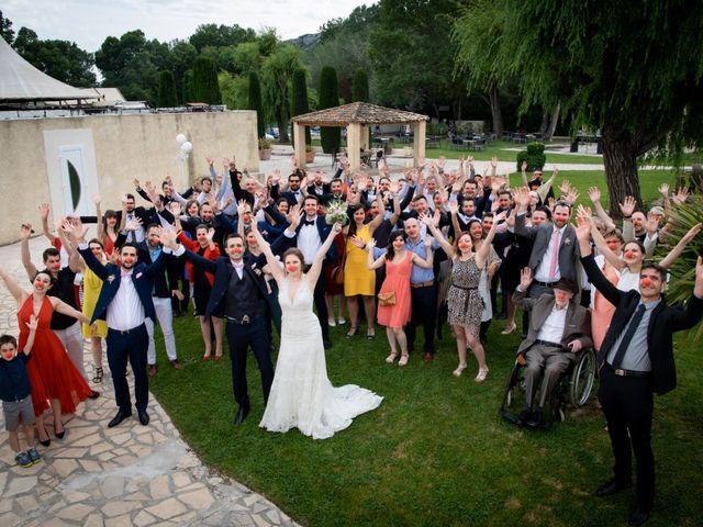 Le mariage de Pierre-Yves et Charline à Les Angles, Gard 29