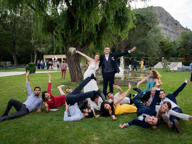 Le mariage de Pierre-Yves et Charline à Les Angles, Gard 32