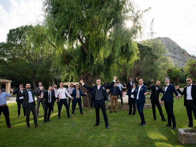 Le mariage de Pierre-Yves et Charline à Les Angles, Gard 34