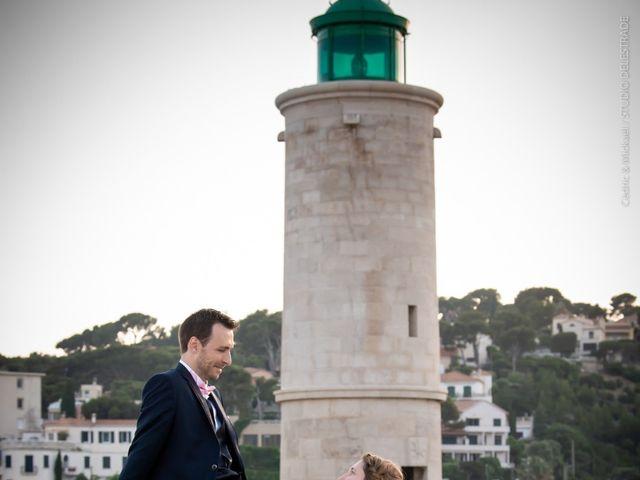 Le mariage de Pierre-Yves et Charline à Les Angles, Gard 56