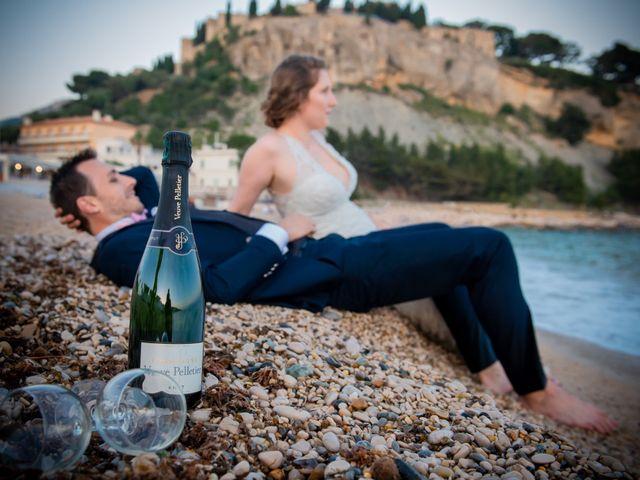 Le mariage de Pierre-Yves et Charline à Les Angles, Gard 61