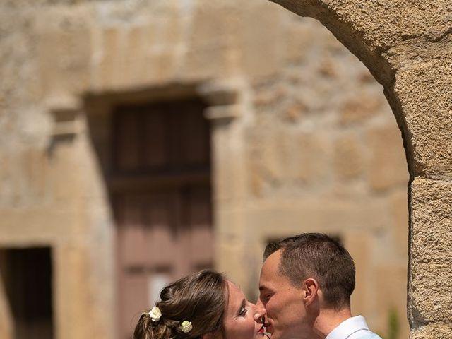 Le mariage de Tom et Marie Cécile à Sainte-Cécile-les-Vignes, Vaucluse 9