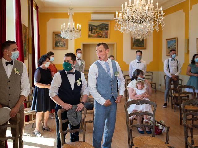Le mariage de Tom et Marie Cécile à Sainte-Cécile-les-Vignes, Vaucluse 14