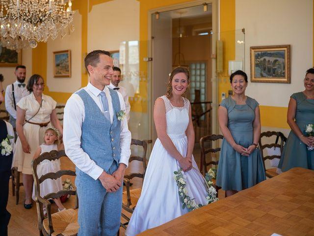 Le mariage de Tom et Marie Cécile à Sainte-Cécile-les-Vignes, Vaucluse 21