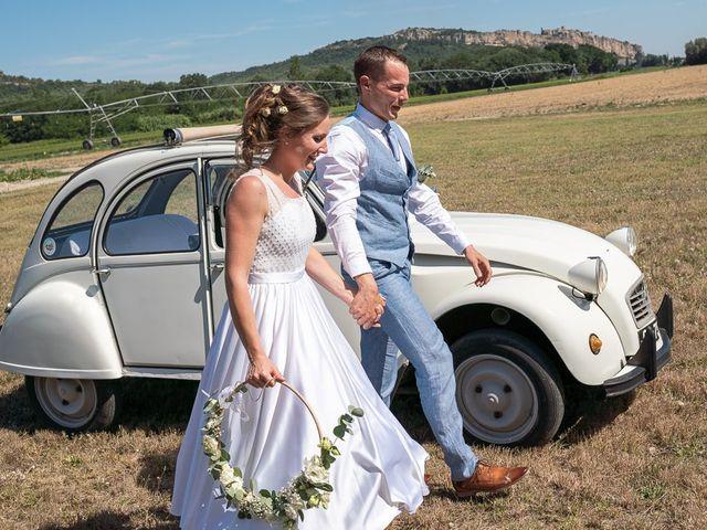 Le mariage de Tom et Marie Cécile à Sainte-Cécile-les-Vignes, Vaucluse 40