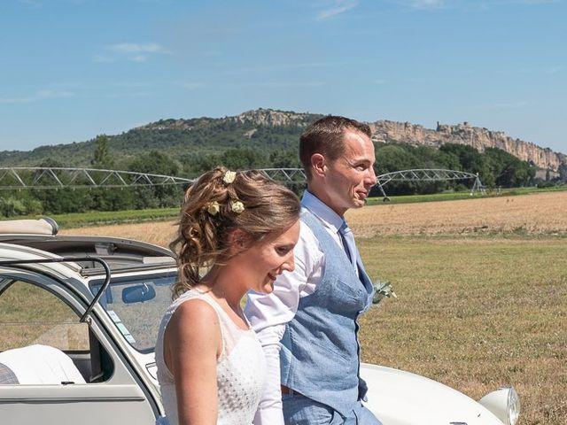 Le mariage de Tom et Marie Cécile à Sainte-Cécile-les-Vignes, Vaucluse 41