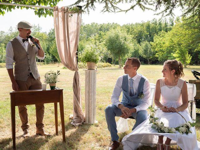 Le mariage de Tom et Marie Cécile à Sainte-Cécile-les-Vignes, Vaucluse 68