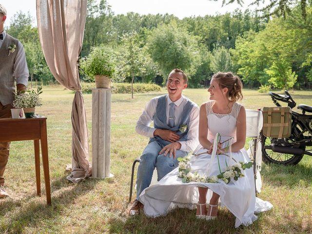 Le mariage de Tom et Marie Cécile à Sainte-Cécile-les-Vignes, Vaucluse 78