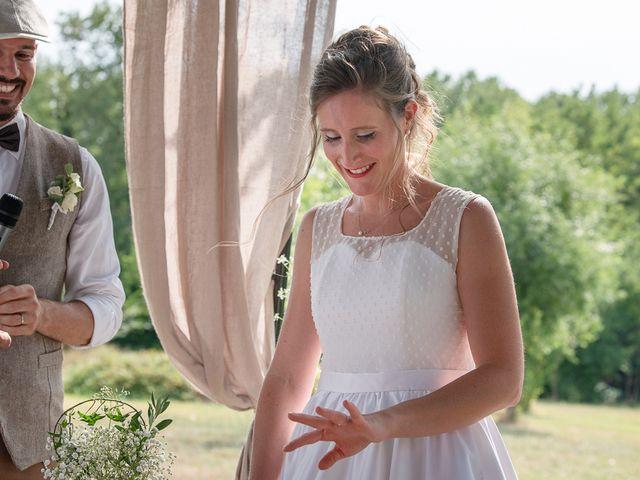 Le mariage de Tom et Marie Cécile à Sainte-Cécile-les-Vignes, Vaucluse 94