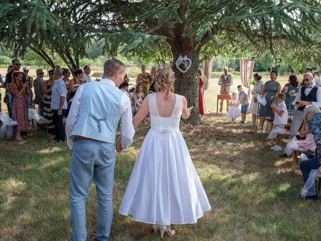Le mariage de Tom et Marie Cécile à Sainte-Cécile-les-Vignes, Vaucluse 99