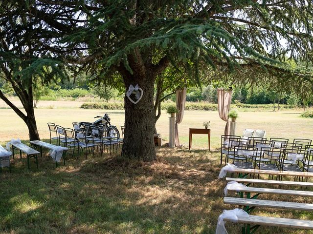 Le mariage de Tom et Marie Cécile à Sainte-Cécile-les-Vignes, Vaucluse 46
