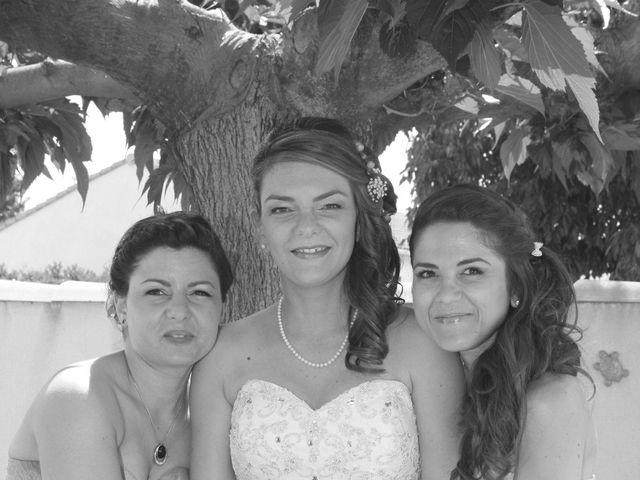 Le mariage de Sébastien et Mélanie à Uchaud, Gard 9