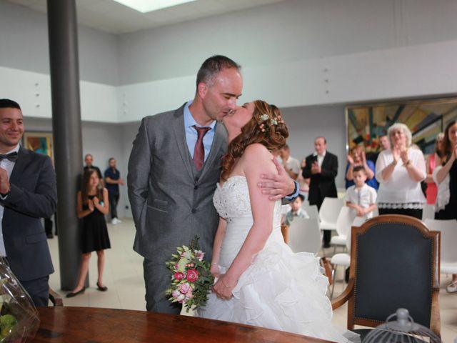 Le mariage de Sébastien et Mélanie à Uchaud, Gard 16