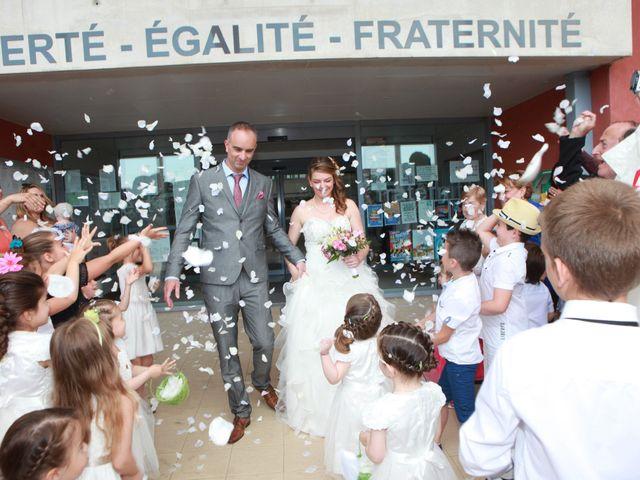 Le mariage de Sébastien et Mélanie à Uchaud, Gard 22