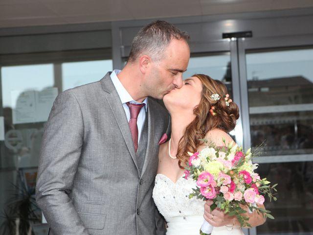 Le mariage de Sébastien et Mélanie à Uchaud, Gard 23