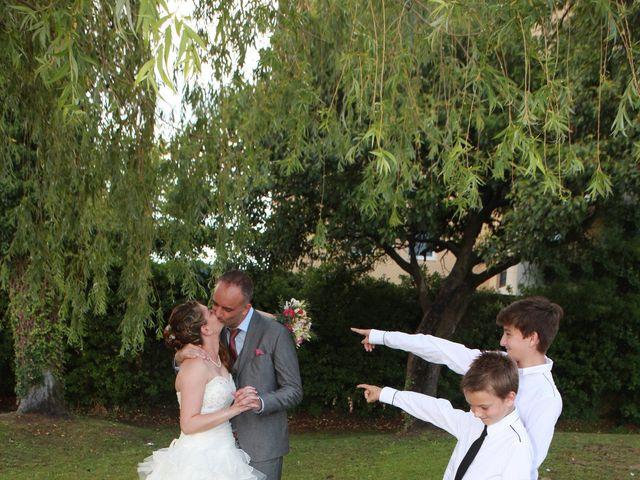 Le mariage de Sébastien et Mélanie à Uchaud, Gard 28