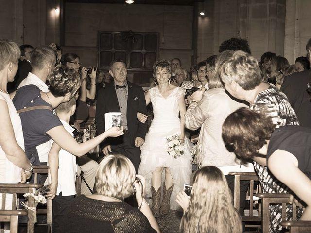Le mariage de Benjamin et Charline à Isigny-sur-Mer, Calvados 10