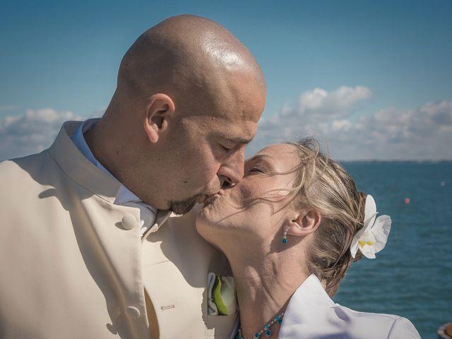 Le mariage de Alexandre et Laetitia à Saint-Jean-de-Monts, Vendée 34