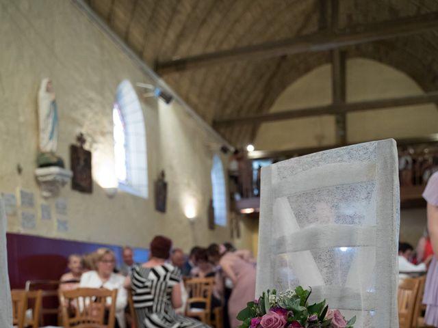 Le mariage de Christophe et Chloé à Saint-Ambroix, Cher 5