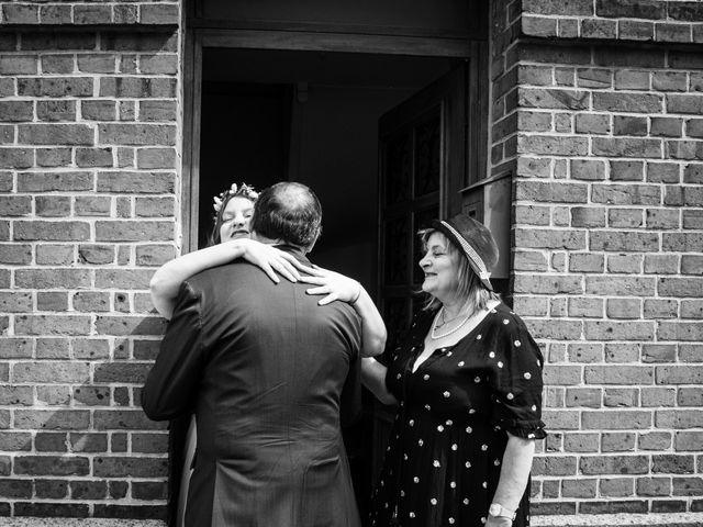 Le mariage de Romain et Mélanie  à Saint-Victor-l'Abbaye, Seine-Maritime 5