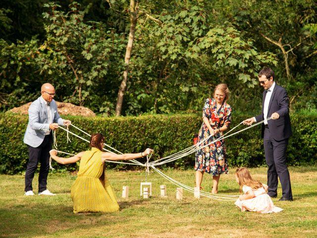 Le mariage de Romain et Mélanie  à Saint-Victor-l'Abbaye, Seine-Maritime 20