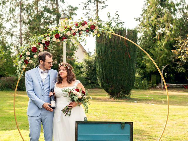 Le mariage de Romain et Mélanie  à Saint-Victor-l'Abbaye, Seine-Maritime 56