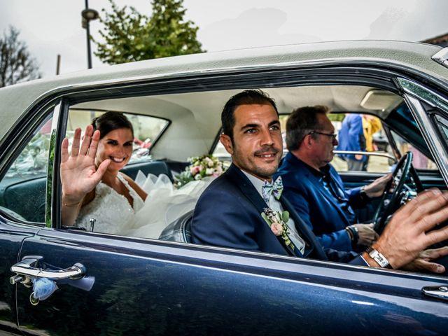 Le mariage de Pierre et Claire à Dompierre-sur-Mer, Charente Maritime 19