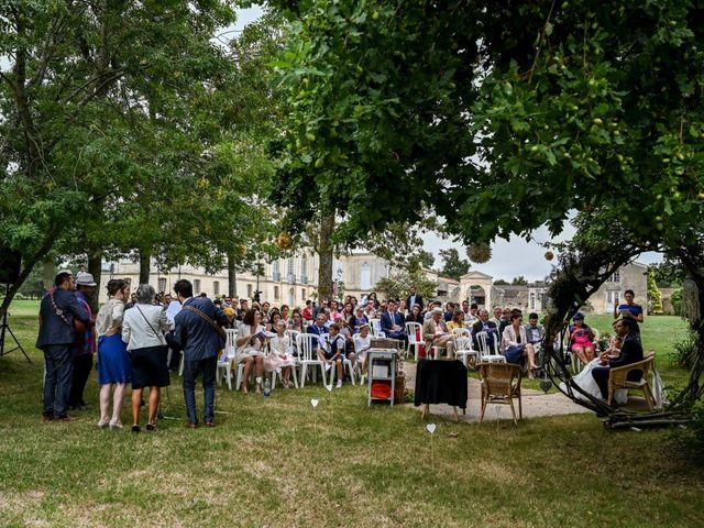 Le mariage de Pierre et Claire à Dompierre-sur-Mer, Charente Maritime 37