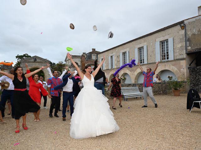 Le mariage de Pierre et Claire à Dompierre-sur-Mer, Charente Maritime 46
