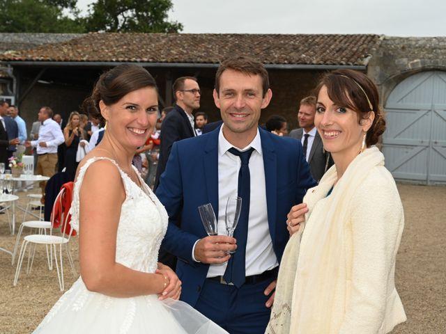 Le mariage de Pierre et Claire à Dompierre-sur-Mer, Charente Maritime 50