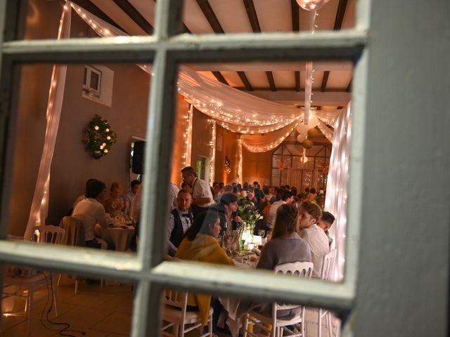 Le mariage de Pierre et Claire à Dompierre-sur-Mer, Charente Maritime 61