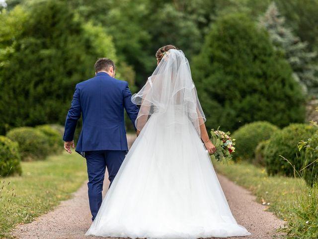 Le mariage de Simon et Laura à Urzy, Nièvre 35