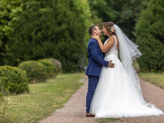 Le mariage de Simon et Laura à Urzy, Nièvre 36