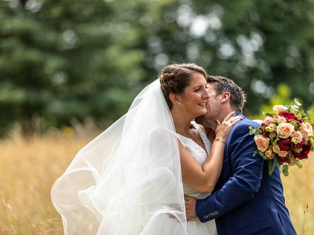 Le mariage de Simon et Laura à Urzy, Nièvre 39