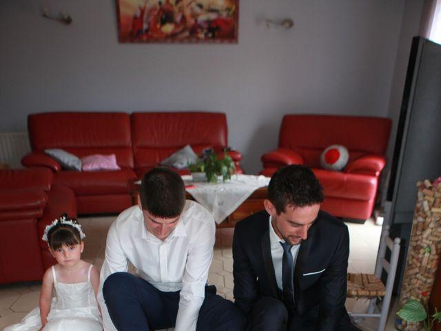 Le mariage de Jeremy et Sarah à Bessan, Hérault 4