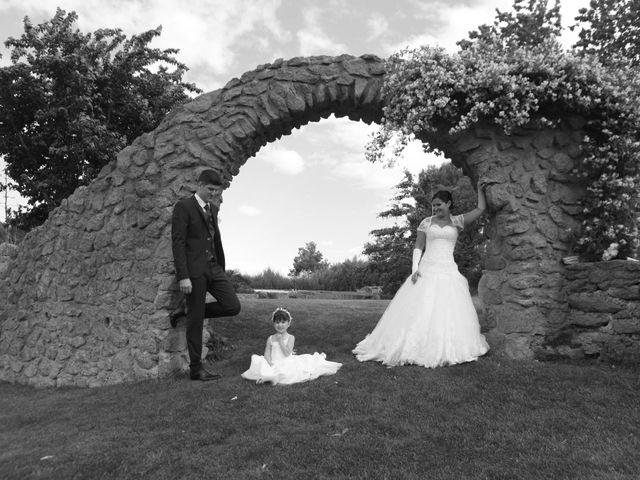 Le mariage de Jeremy et Sarah à Bessan, Hérault 40