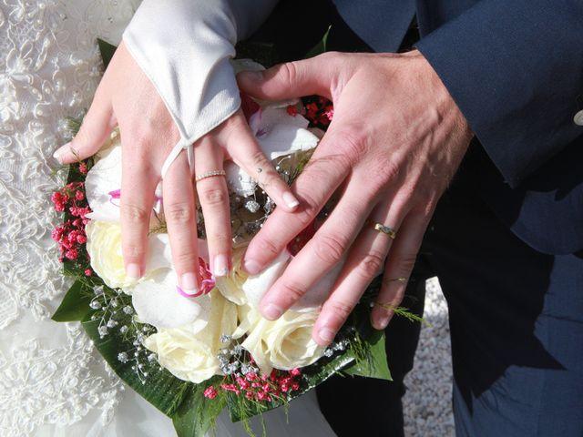 Le mariage de Jeremy et Sarah à Bessan, Hérault 45