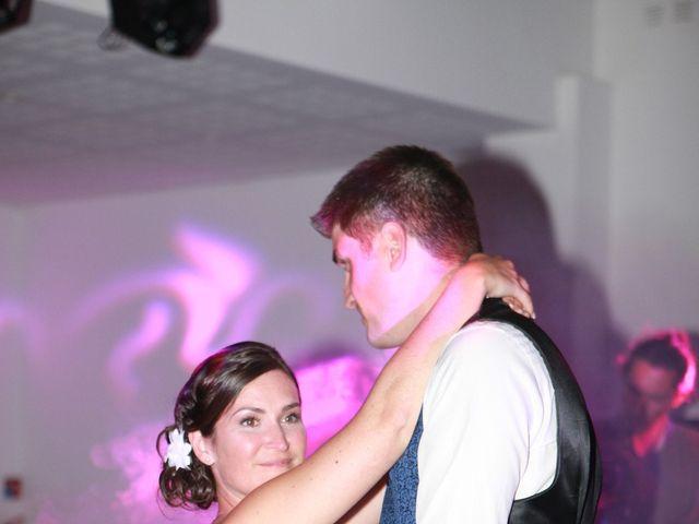 Le mariage de Jeremy et Sarah à Bessan, Hérault 55