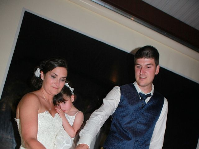 Le mariage de Jeremy et Sarah à Bessan, Hérault 73