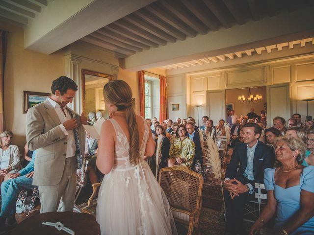 Le mariage de Ned et Laïla à Perreux, Loire 62