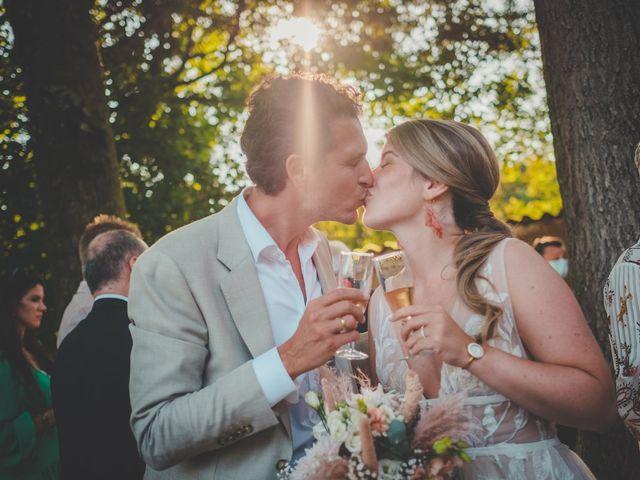 Le mariage de Ned et Laïla à Perreux, Loire 1