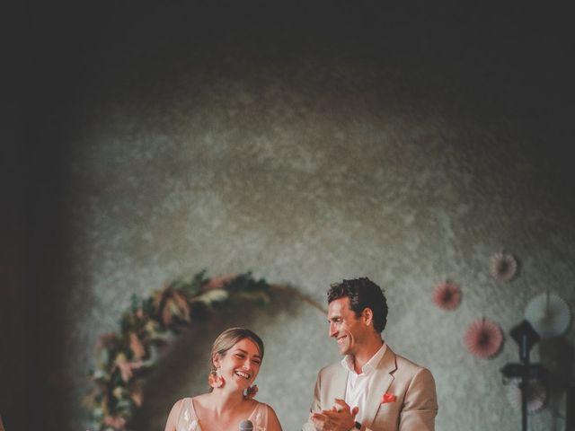 Le mariage de Ned et Laïla à Perreux, Loire 107