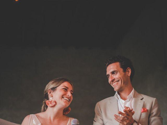 Le mariage de Ned et Laïla à Perreux, Loire 2