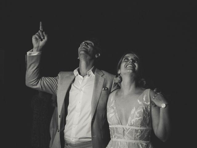 Le mariage de Ned et Laïla à Perreux, Loire 130